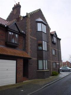 2 bedroom flat to rent - East View House, Outer Trinities, Beverley, East Yorkshire