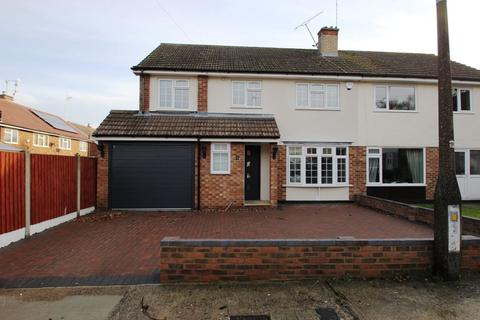 4 bedroom house to rent - Billericay - 4 Bedrooms