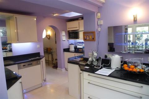 3 bedroom detached house for sale - Auckland Road East, Southsea, Hampshire