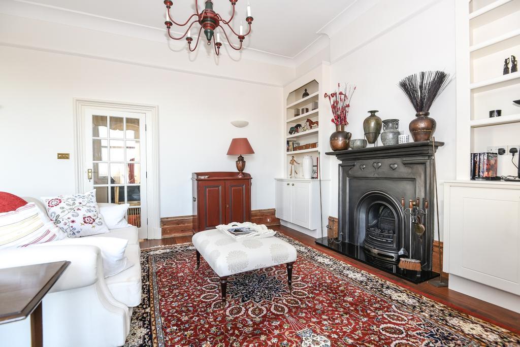 2 Bedrooms Flat for sale in Honor Oak Road London SE23
