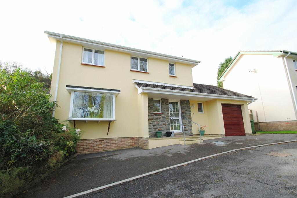 3 Bedrooms Detached House for sale in Pine Close, Ilfracombe