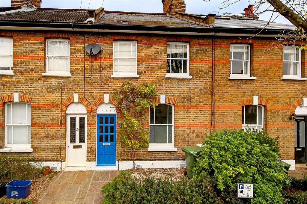 3 Bedrooms Terraced House for sale in Teddington Park, Teddington, TW11