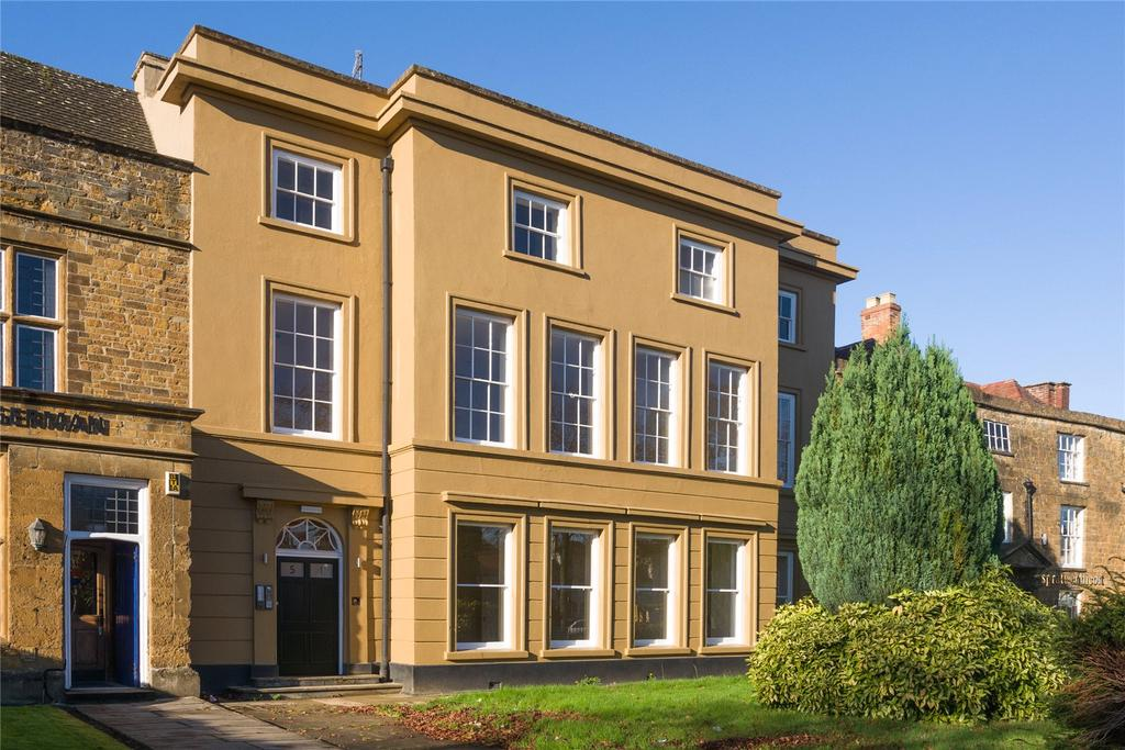 2 Bedrooms Flat for sale in Banbury, Oxfordshire