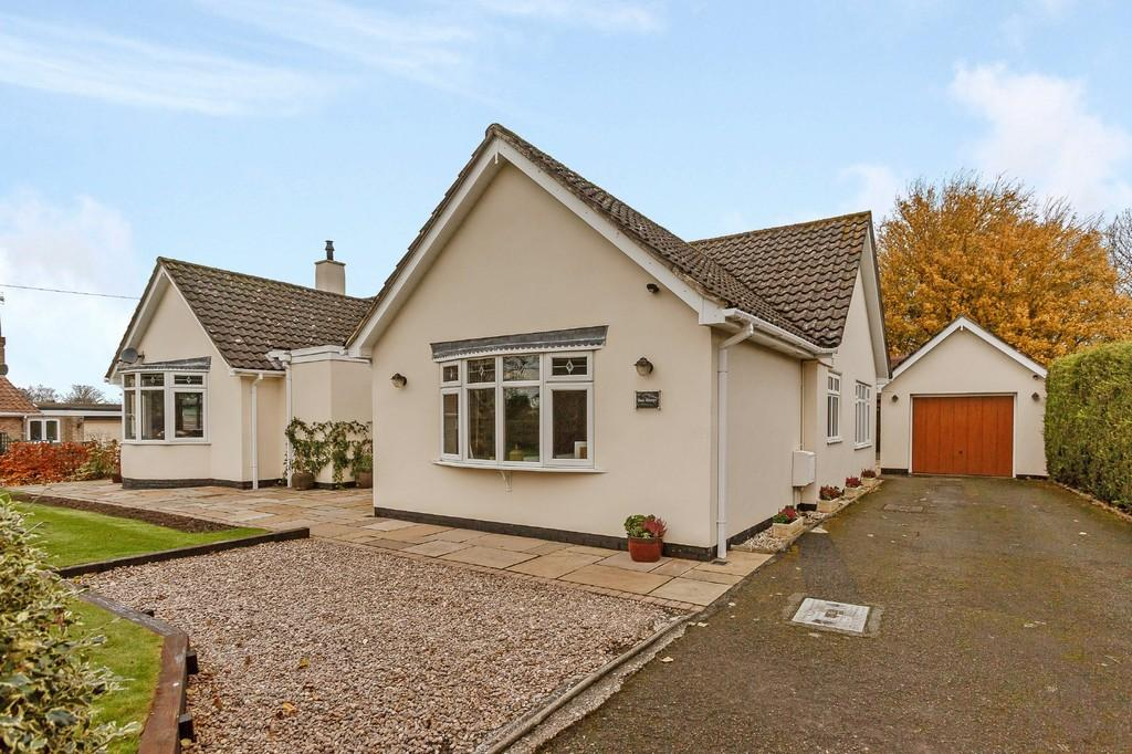 3 Bedrooms Detached Bungalow for sale in Elsham, North Lincolnshire