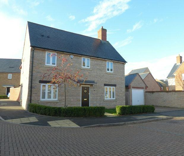 4 Bedrooms Detached House for sale in Aldous Drive, Bloxham