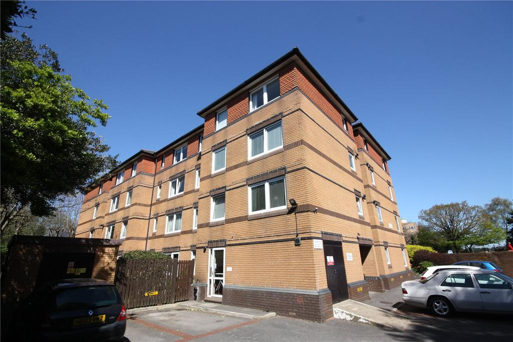 1 Bedroom Retirement Property for sale in Palermo Court, 3 Durley Chine Road, Bournemouth, Dorset, BH2