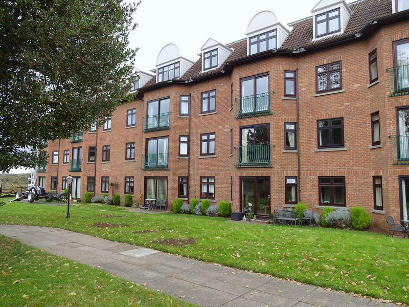 1 Bedroom Flat for sale in Austcliffe Lane, Cookley DY10 3RT