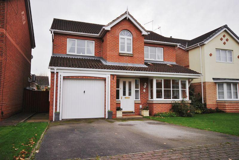 4 Bedrooms Detached House for sale in Rigby Close, Beverley