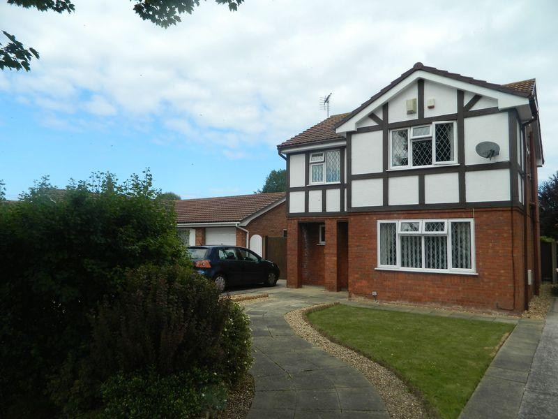 4 Bedrooms House for sale in Clwyd Park, Kinmel Bay
