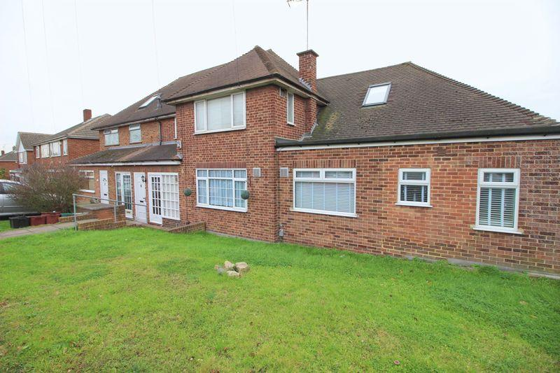 1 Bedroom Maisonette Flat for sale in Park Mead, Sidcup, DA15 9PF