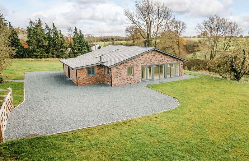 4 Bedrooms Detached House for sale in Higher Wych, Malpas