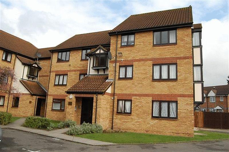 2 Bedrooms Flat for sale in Cormorant Court, Magpie Close, COLINDALE, Greater London, NW9 5DD