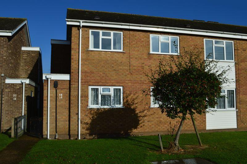 2 Bedrooms Apartment Flat for rent in Churchill Avenue, Grimsby