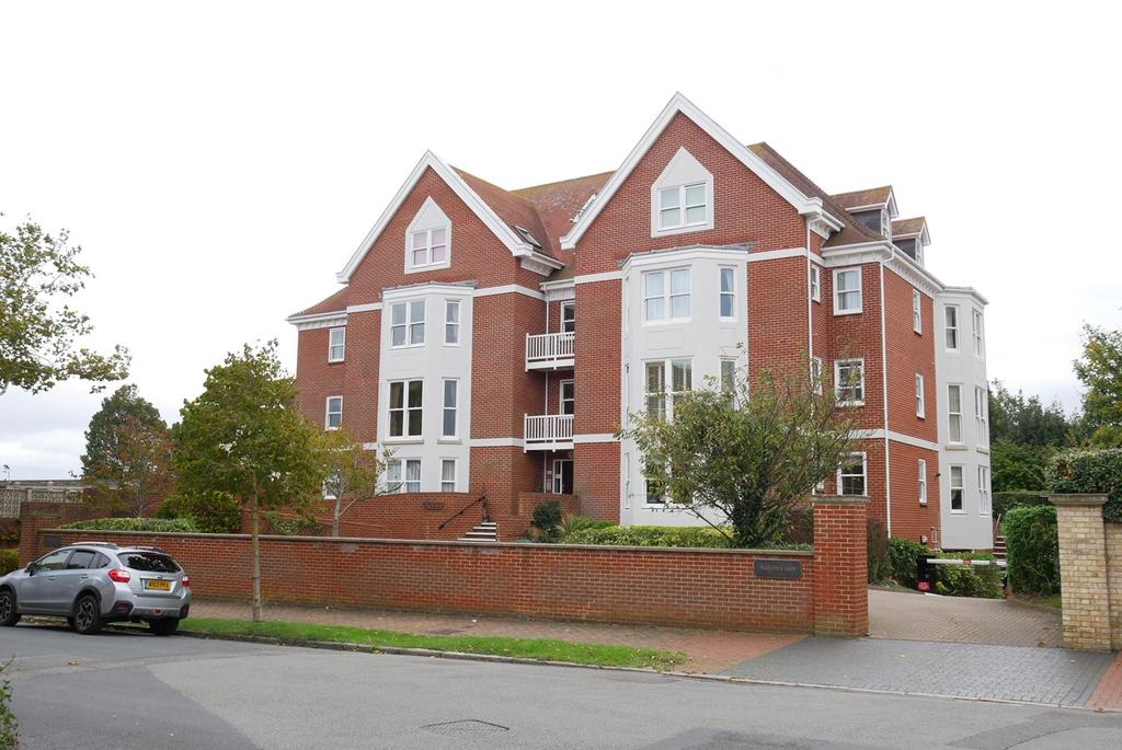 2 Bedrooms Apartment Flat for sale in St Johns Road, Meads, Eastbourne, BN20
