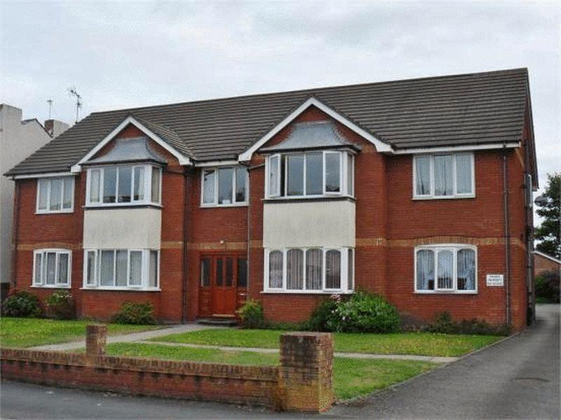3 Bedrooms Apartment Flat for sale in Windsor Road, Southport