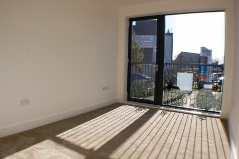 2 bedroom apartment to rent - Tangmere Crescent,  Uxbridge, UB10