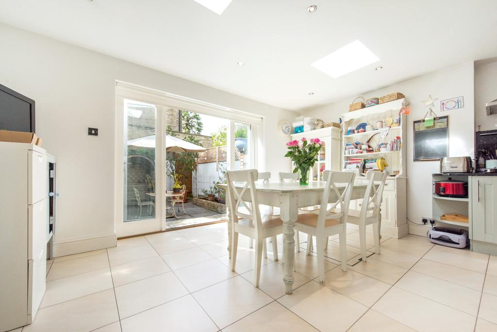 4 Bedrooms Terraced House for sale in Rannoch Road, Hammersmith, London