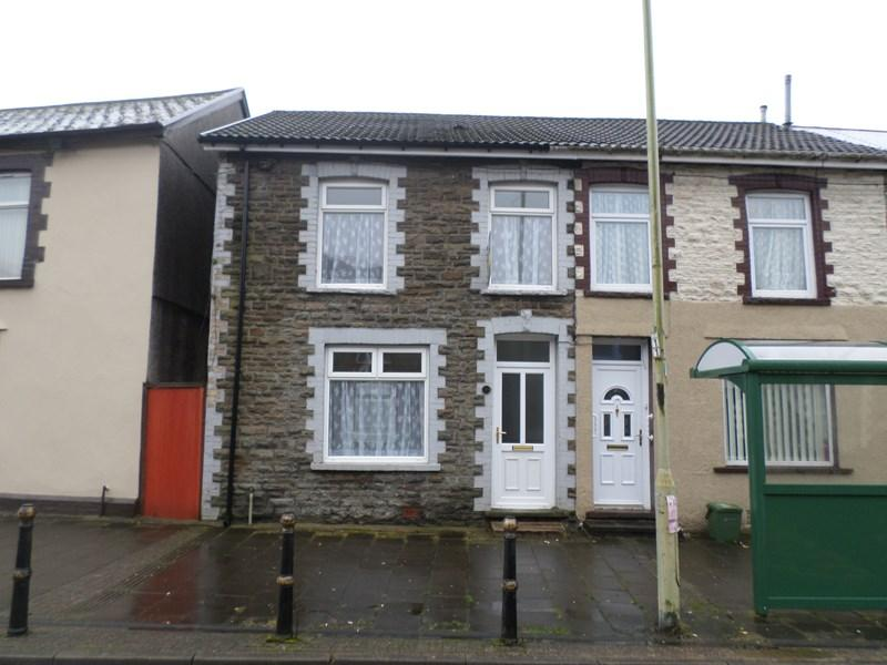 3 Bedrooms Terraced House for sale in Brithweunydd Road, Tonypandy