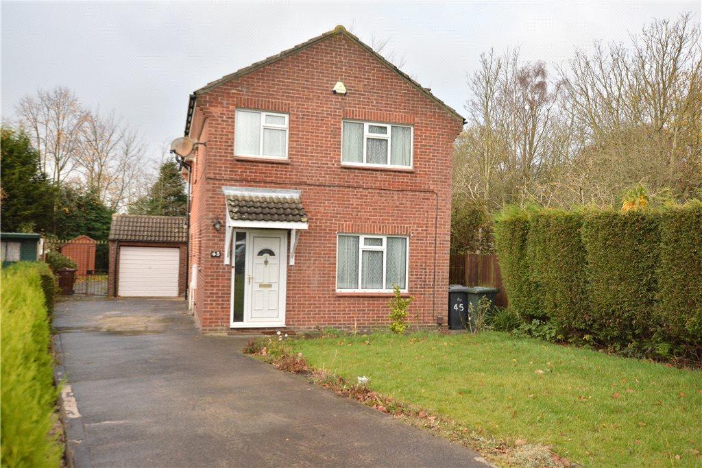 4 Bedrooms Detached House for sale in Hazel Avenue, Leeds