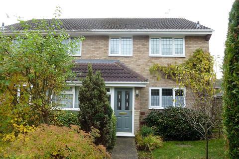 3 bedroom semi-detached house to rent - Snowdon Avenue, Maidstone
