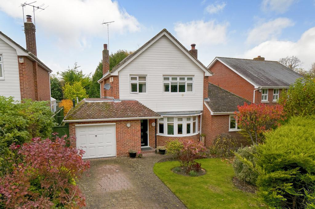 3 Bedrooms Detached House for sale in The Grange, East Malling