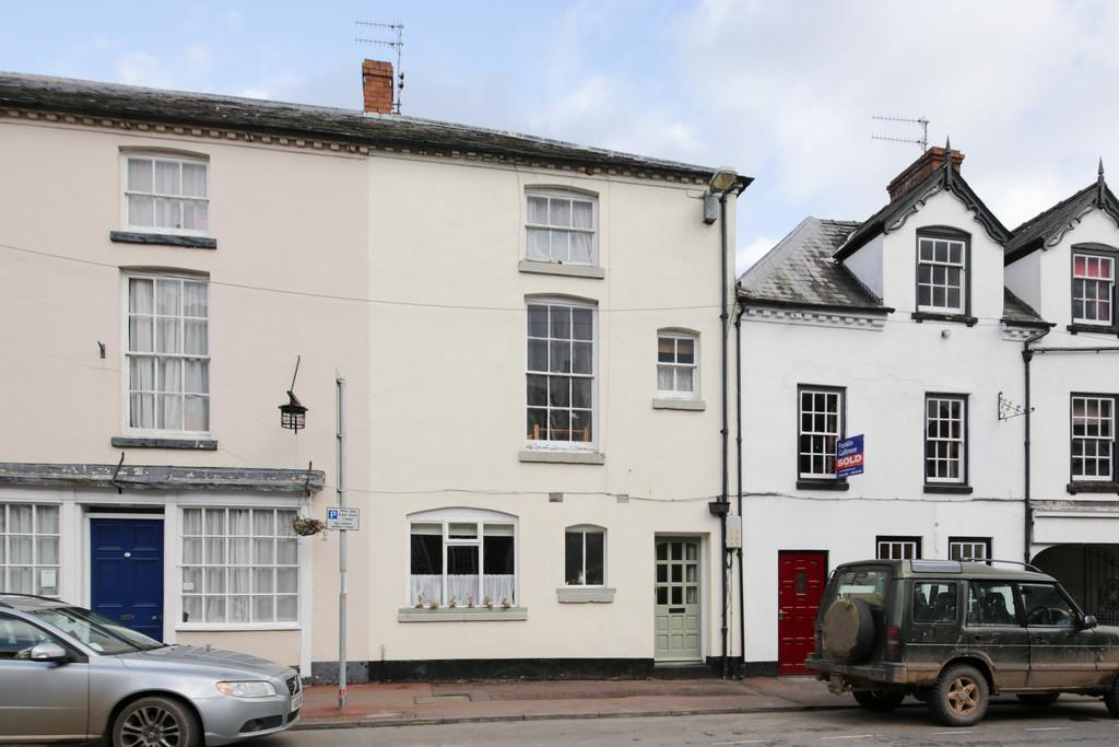 3 Bedrooms Town House for sale in Tenbury Wells, Worcestershire, WR15 8BL