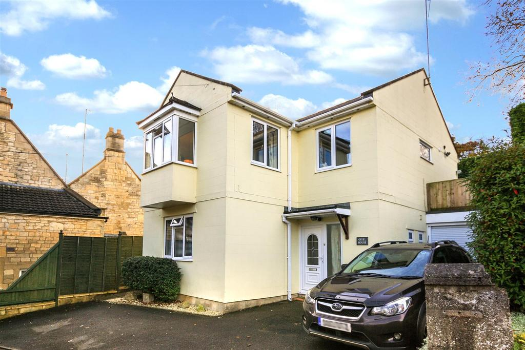 3 Bedrooms Detached House for sale in Frome Road, Bradford-On-Avon