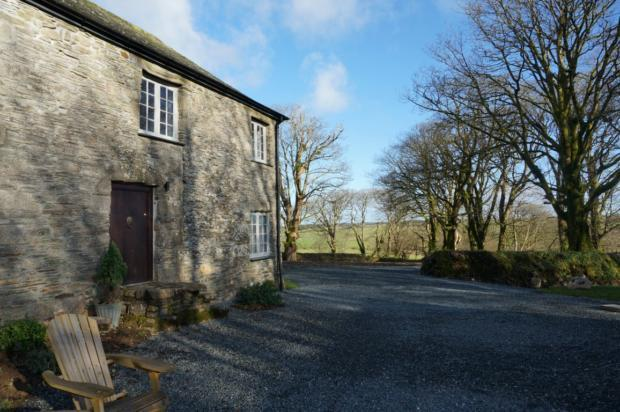 2 Bedrooms Cottage House for rent in Lower Trevivian, St Clether, PL15