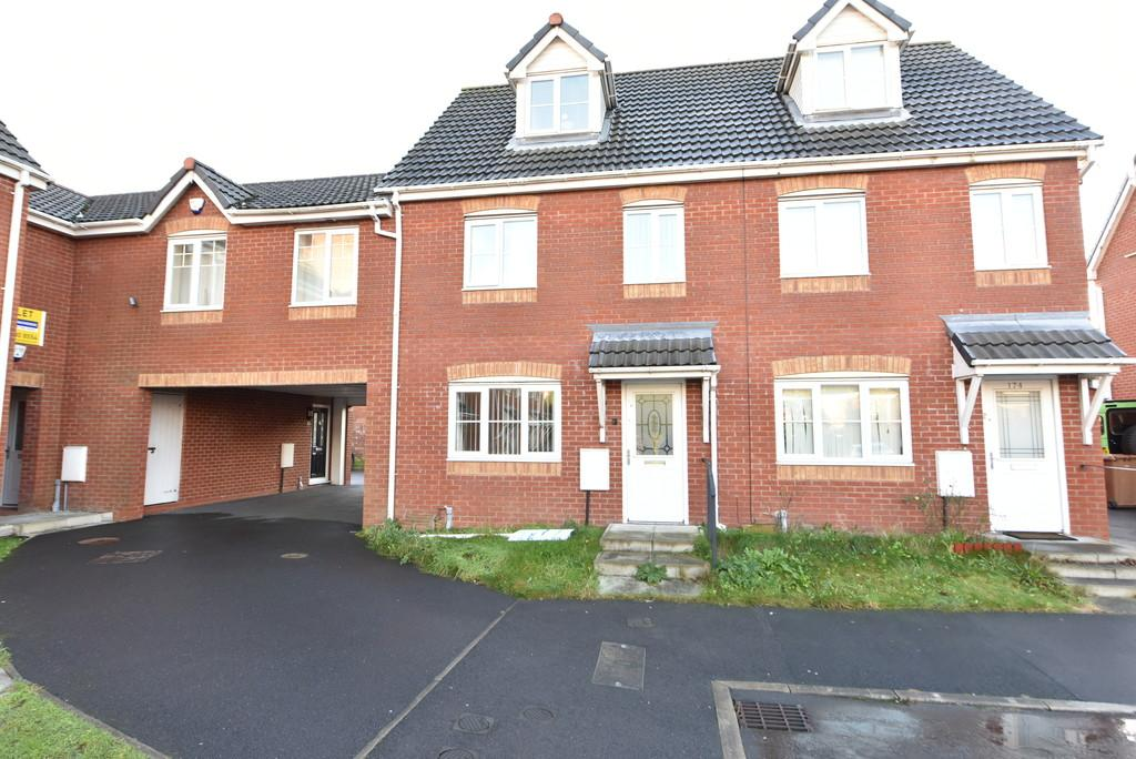 3 Bedrooms Semi Detached House for sale in Chandlers Way, Sutton Manor