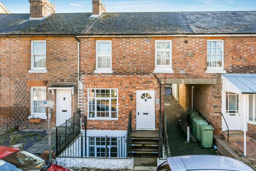 1 Bedroom Ground Flat for sale in George Street, Tunbridge Wells