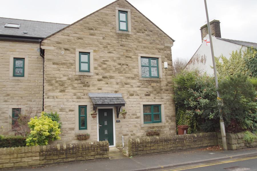4 Bedrooms Semi Detached House for sale in High Street OL3