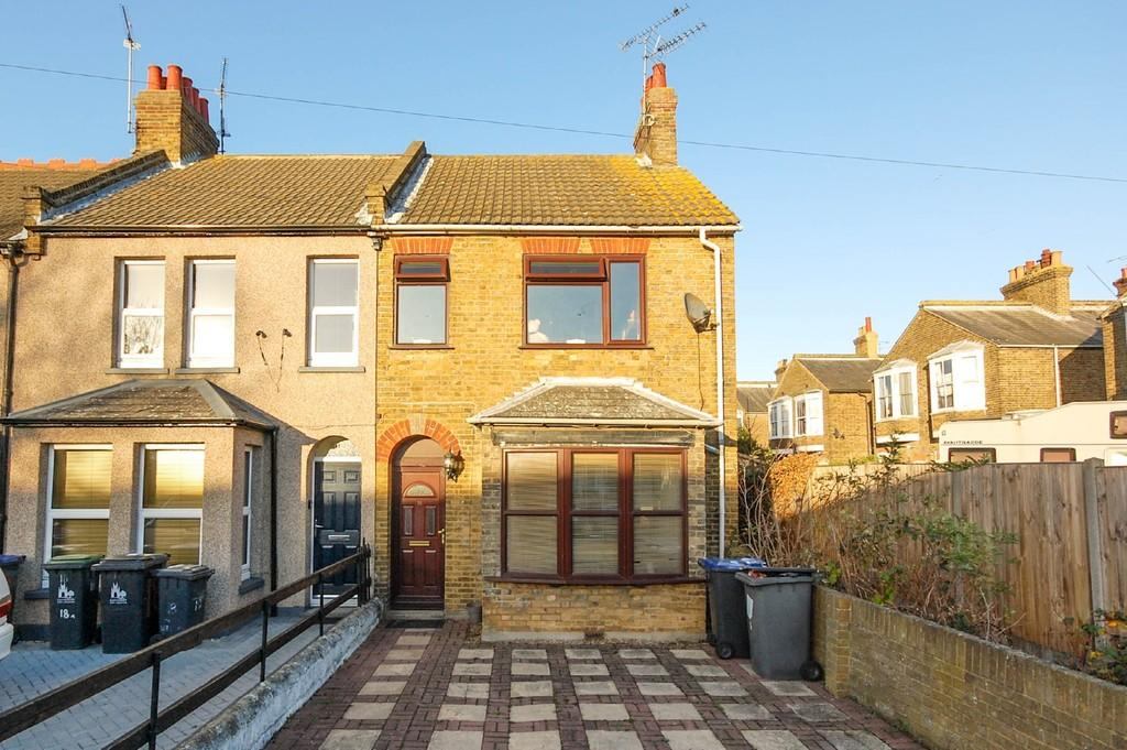 4 Bedrooms End Of Terrace House for sale in Kings Road, Herne Bay