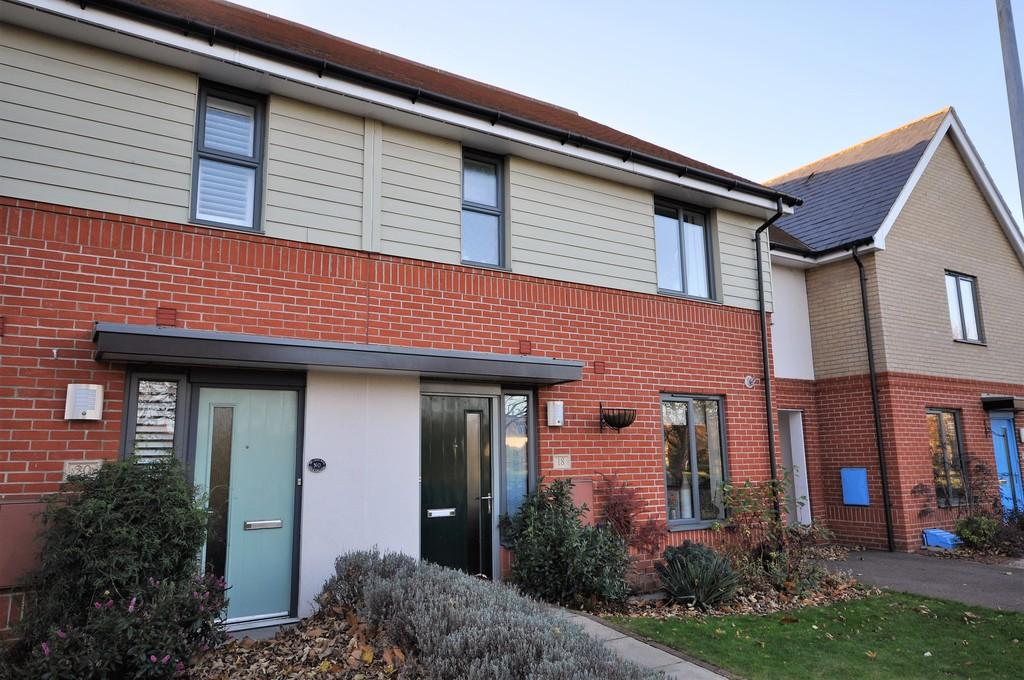 3 Bedrooms Terraced House for sale in New Farm Road, Stanway, CO3 0PG