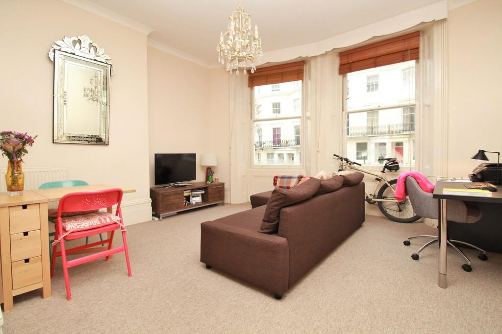 1 Bedroom Apartment Flat for sale in Lansdowne Place, Hove, BN3 1FJ