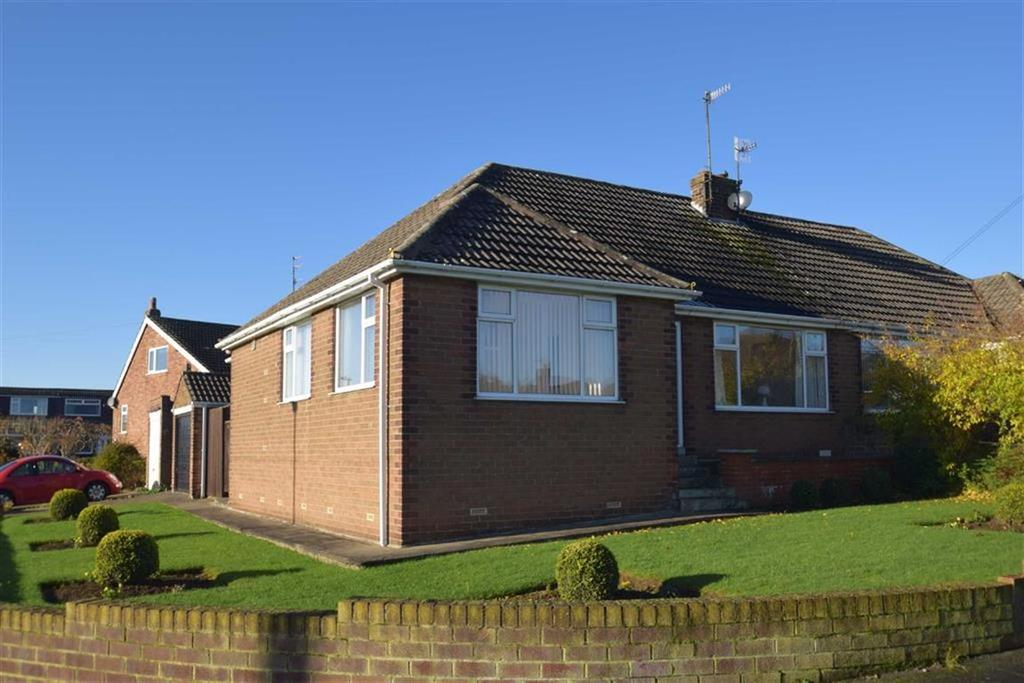 3 Bedrooms Semi Detached House for sale in Broadlands Drive, East Ayton, North Yorkshire, YO13