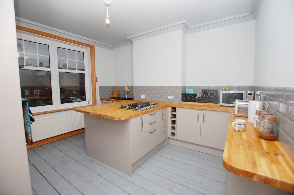 3 Bedrooms Maisonette Flat for sale in Norwich Road, Cromer