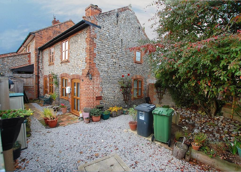 2 Bedrooms Cottage House for sale in Church Street, Northrepps
