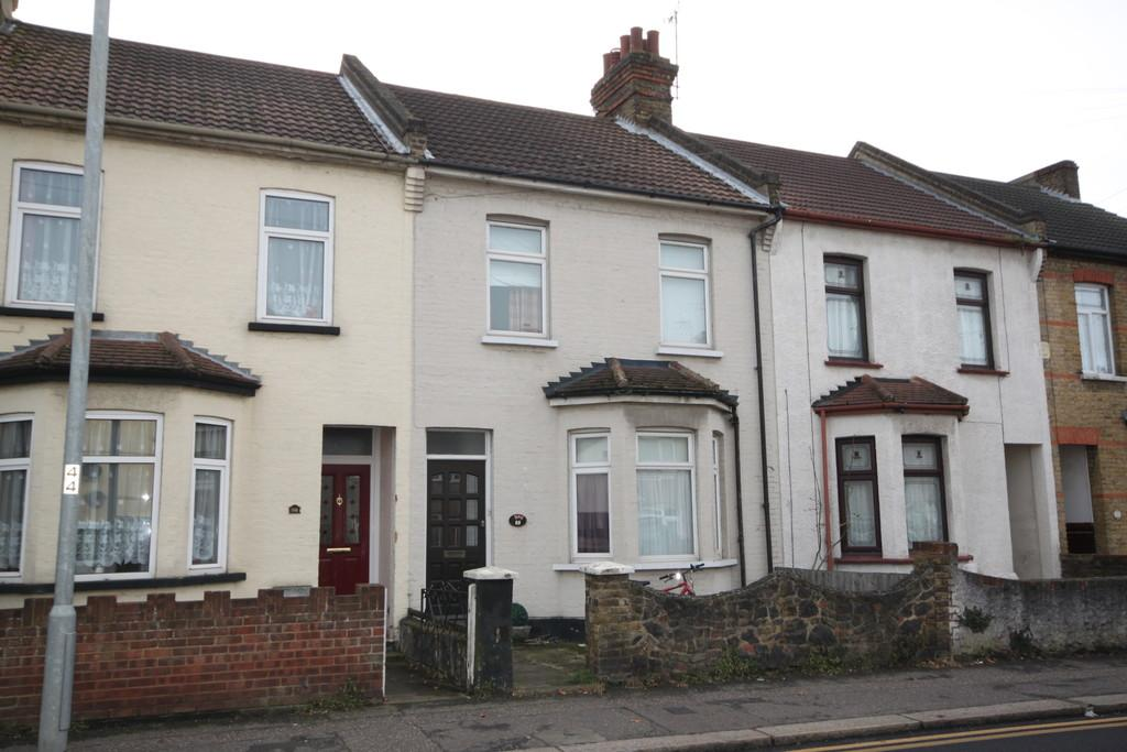 5 Bedrooms Terraced House for sale in Fairfax Drive, Westcliff-on-Sea