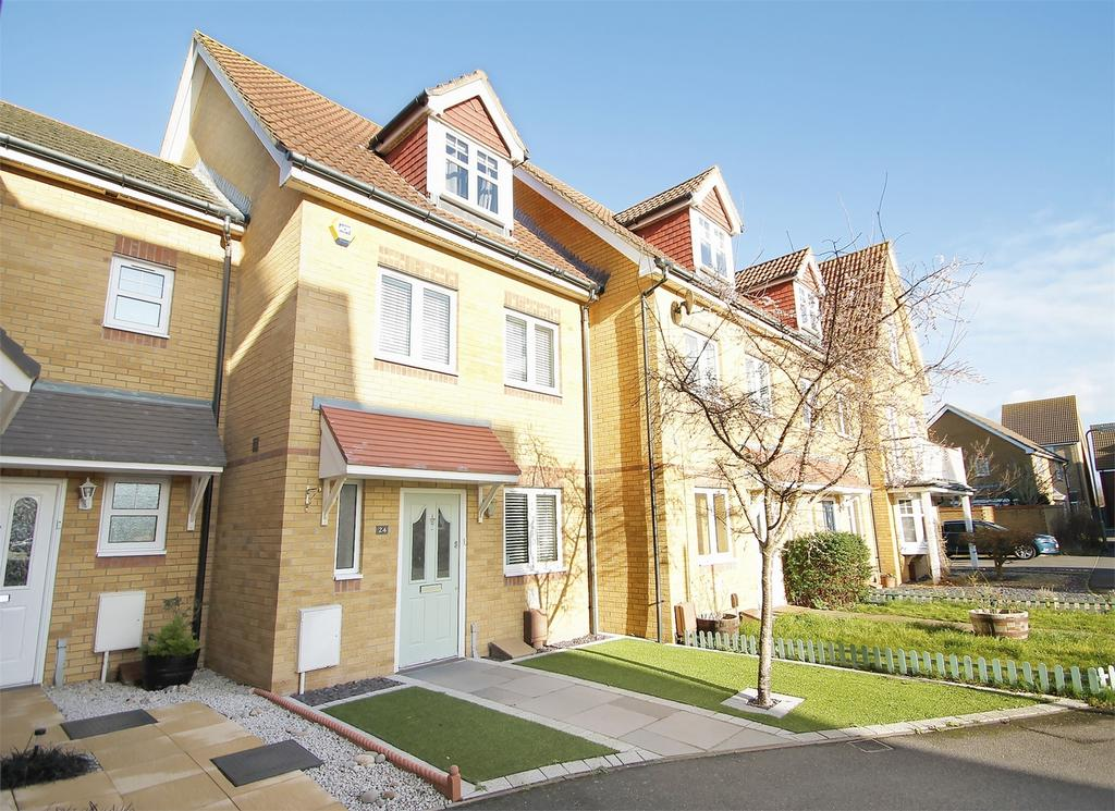 4 Bedrooms Town House for sale in Martinet Drive, Lee-on-the-Solent, Hampshire