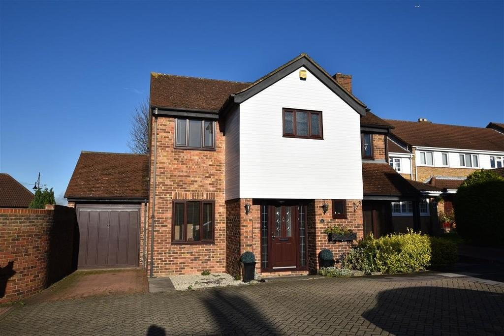 4 Bedrooms Detached House for sale in Morgan Way, Woodford Green