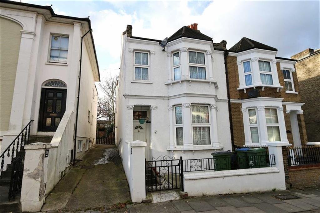 4 Bedrooms Semi Detached House for sale in Woodhill, Woolwich, London, SE18
