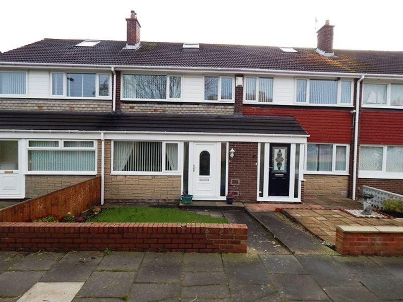 3 Bedrooms Terraced House for sale in Teal Avenue, South Beach, Blyth