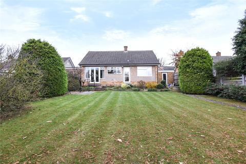 2 bedroom detached bungalow for sale - Cheriton Way, Rushmere, Northampton, NN1