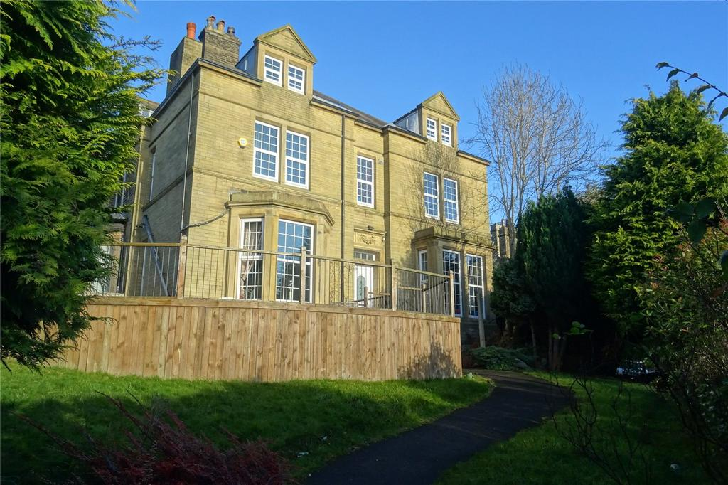 7 Bedrooms Semi Detached House for sale in Pearson Lane, Bradford, BD9