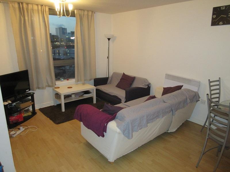 1 Bedroom Apartment Flat for sale in Centenary Plaza, Holliday Street, Birmingham B1