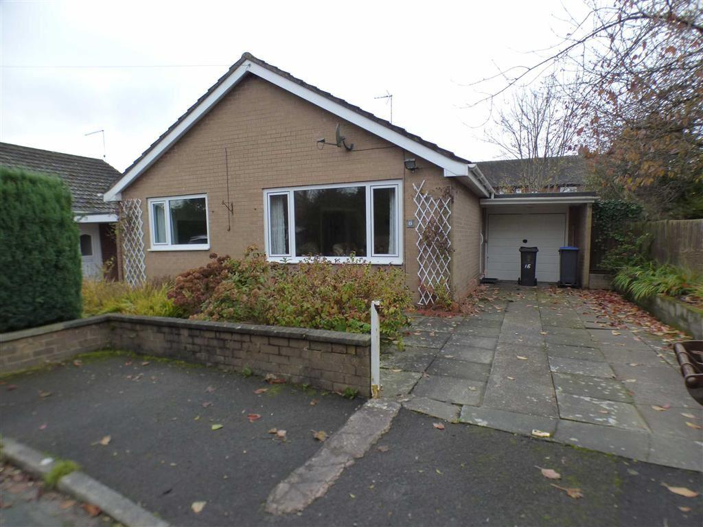 2 Bedrooms Detached Bungalow for sale in 15, The Paddock, Cheadle