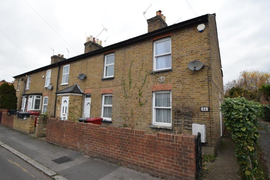 Upton Road Slough Sl1 2 Bed End Of Terrace House 163 299 995