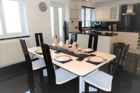 4 bedroom townhouse to rent - Marine Walk, Marna, Swansea. SA1 1YQ