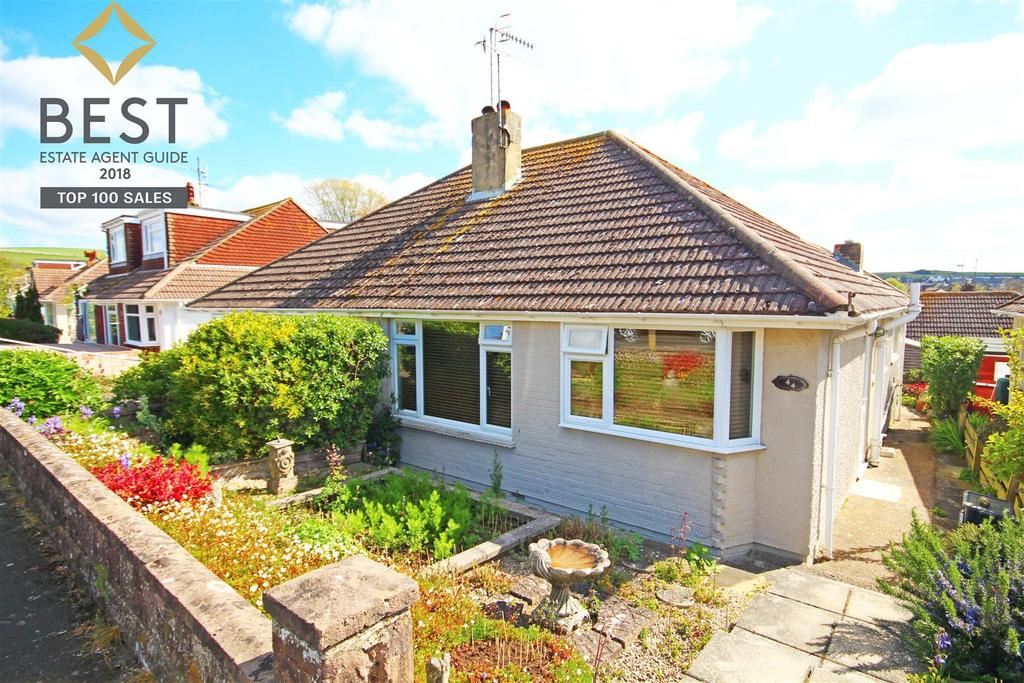 2 Bedrooms Semi Detached Bungalow for sale in Oakdene Crescent, Mile Oak, Brighton
