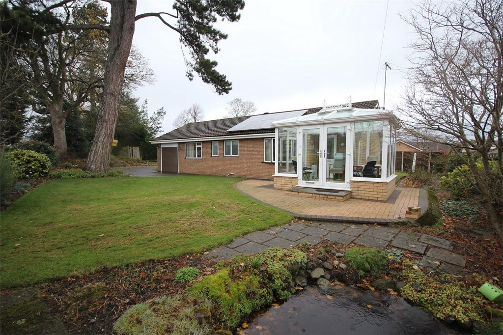 3 Bedrooms Detached Bungalow for sale in The Firs, Mold, Flintshire